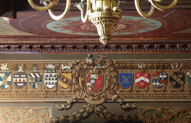 Crests on the frieze in the Hogarth Stair